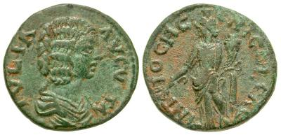 AE23 de Julia Domna. ANTIOCH GЄNI COL CAES. Genio a izq. Antioquía de Pisidia 4055493.m