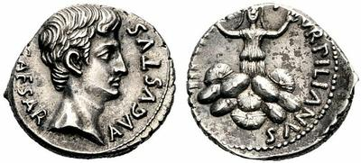 Denario de Augusto. TVRPILIANVS III VIR. Roma 702611.m