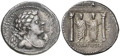 Denario forrado de la gens Egnatia. C. EGNATIVS. CN. F. / CN. N.  Júpiter y la Libertad estantes bajo pórtico 5413759.m