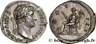 Denario de Adriano. COS III. Abundancia sentada a izq. Ceca de Roma. 3000277.m
