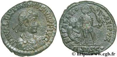 AE2/ Maiorina de Valentiniano II. REPARATIO REIPVB 50941.m