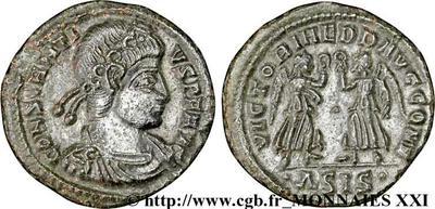 AE4 de Constante o Constancio II. VICTORIAE DD AVGG Q NN. Roma 181385.m