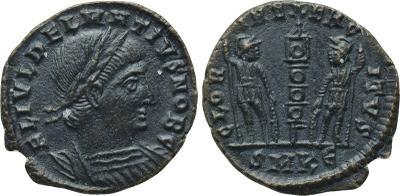 AE4 de Constancio II o Delmacio. GLORIA EXERCITVS. 2404963.m