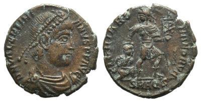 AE3 de Valentiniano I. GLORIA ROMANORVM. Emperador y Cautivo. Aquilea 2432128.m
