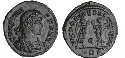 AE4 de Constante o Constancio II. VICTORIAE DD AVGG Q NN. Roma 2484465.m