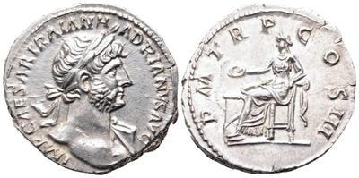 Denario de Adriano. P M TR P COS III. Salvs. Roma 2926115.m