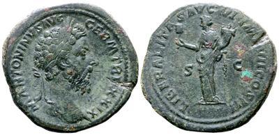 Sestercio de Marco Aurelio. LIBERALITAS AVG VI IMP VII COS III - S C. Liberalitas estante a izq. Roma. 5373747.m
